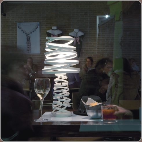 Image of   Curl My Light - Bordlampe